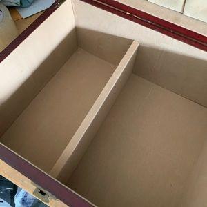 Accessorie box